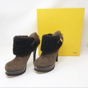 Fendi Shearling Fur Suede Ankle Booties Size 9